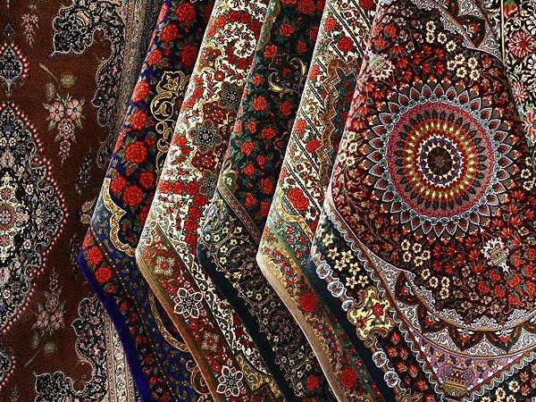 تولید سالانه ۲۹۰ هزار متر مربع فرش دست باف در آذربایجان غربی