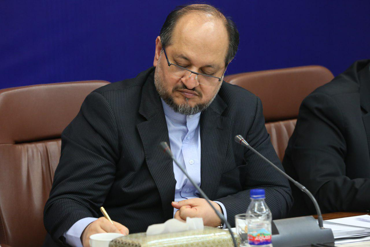 واحدهای وزارت صمت به استفاده از تولید و خدمات ایرانی مکلف شدند